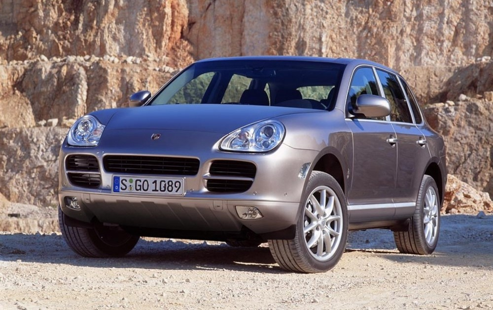 Porsche-Cayenne_2002